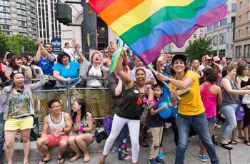 350x230_gal_pride_parade