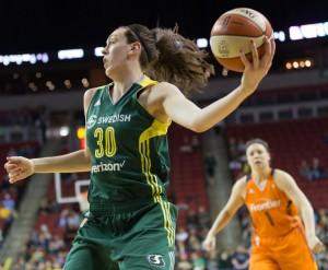 Breanna Stewart grabs a rebound. (Neil Enns/Storm Photos)